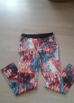 Яркие и красивые  брюки