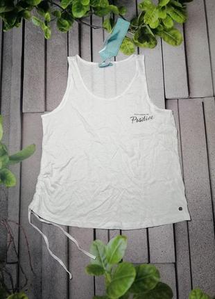 Белая летняя маечка из мягкой ткани с модалом