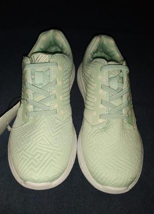Спортивные кроссовки 22 см стелька