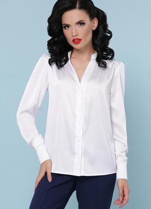 Белая шёлковая блузка