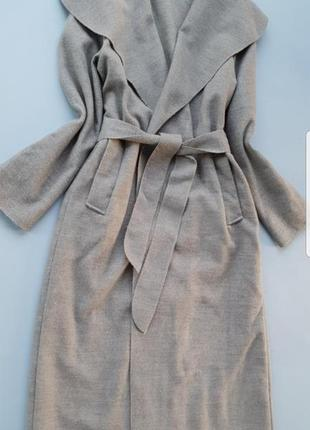 Шерстяное пальто на запах  италия
