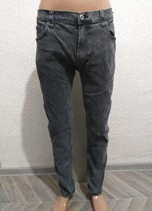 Стрейчевые , джинсы.