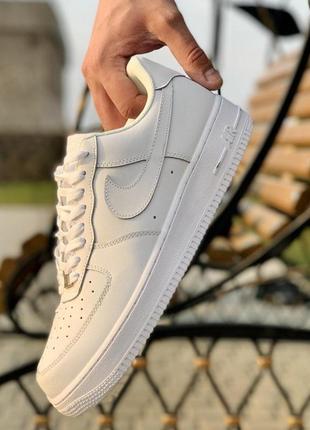 Кроссовки женские nike air force 1 low white беліе