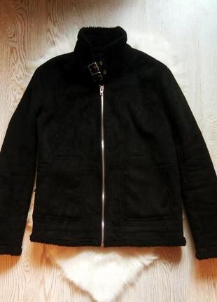 Черная зимняя теплая мужская дубленка короткая куртка на меху овчине шерпа с ремешками