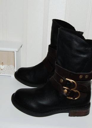 Ботинки черные демисезон 36 р распродажа