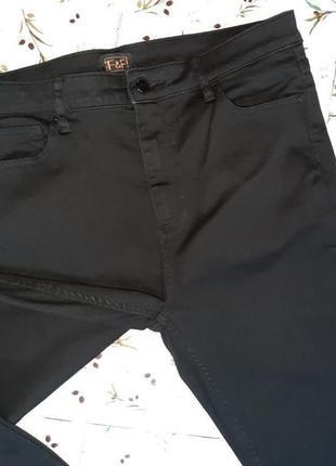 🎁1+1=3 плотные черные узкие зауженные джинсы с высокой посадкой f&f, размер 50 - 527 фото