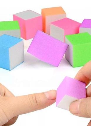 Бафик для ногтей цветной мини