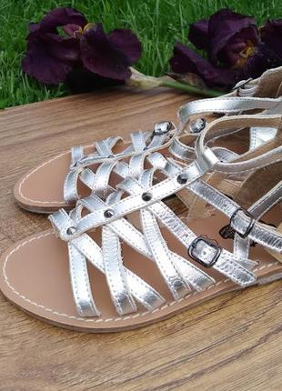 Кожаные босоножки для девочки римлянки вьетнамки босоножки
