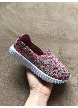 Новые детские разноцветные мокасины, тапочки, кроссовки