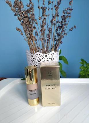 Тональный крем для нормальной и жирной кожи matting make-up №2. франция.