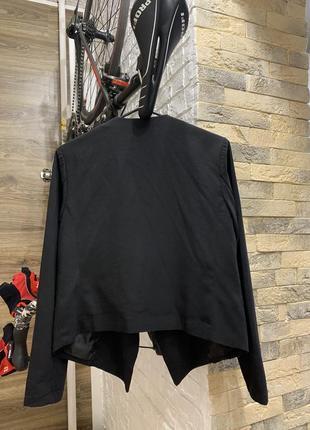 Пиджак жакет   женский чёрный с отложным  воротником легкий без застежки h&m2 фото