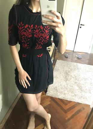 Сукня платье zara з вишивкою