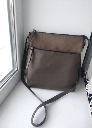 Небольшая сумка через плечо