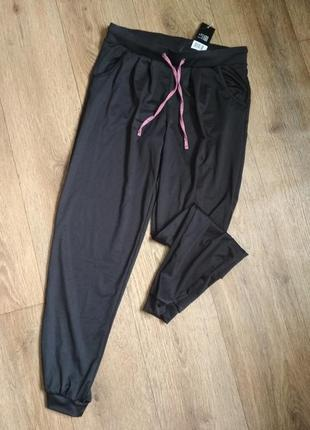 Спортивные эластиковые штаны на манжетах crivit, р. s/36-38, укр. 42-44, см.замеры