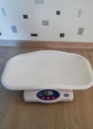 Практичные весы для ребёнка
