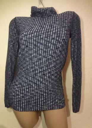 Легкий свитер под шею свитшот c&a размер м