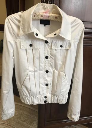 Продам летнюю куртку exte italy 38р.