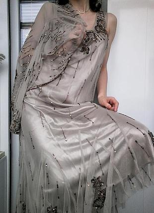 Шикарное фатиновое платье расшитое бисером и паетками