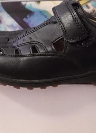 Туфли открытые 33 размер
