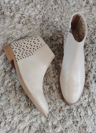 Красиві черевички amoneta від san marina нат.шкіра р.38.