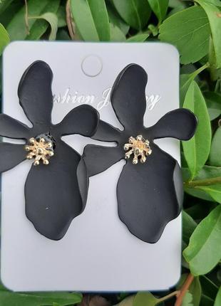 Серьги-цветы