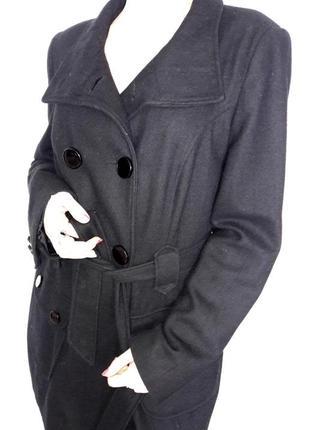 Классическое пальто с воротником и поясом