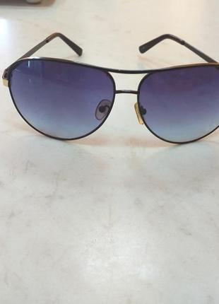 Стильные солнцезащитные очки,капли