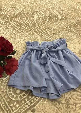Голубенькі шорти на літо