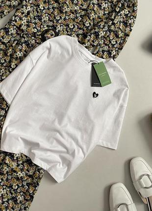 Новая трендовая базовая футболка оверсайз house