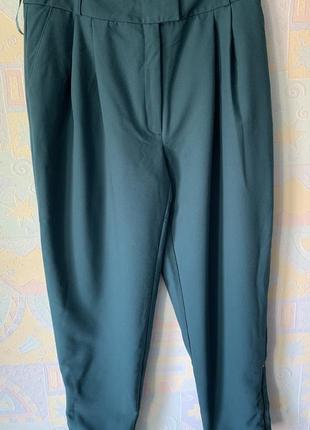Легкие брюки с защипами на талию asos 14