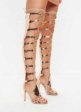 Босоножки на каблуке с шнуровкой гладиаторы missguided