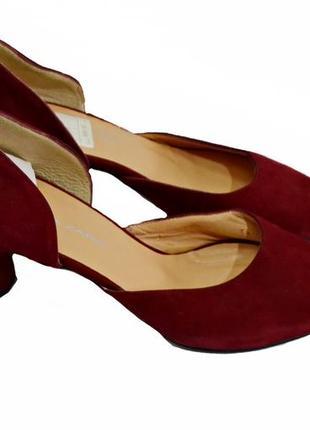 Замшевые женские туфли на каблуке brenda zaro.  код п903.