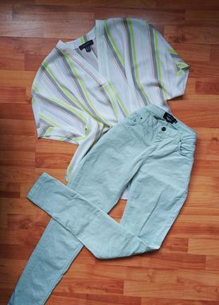 Летние мятные джинсы скинни узкачи штаны  состояние идеальное