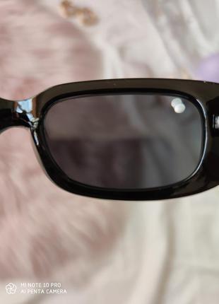 Очки окуляри винтажные в стиле 90-х трендовые черные солнцезащитные новые8 фото