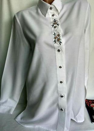 Винтажная молочная рубашка с вышивкой и красивыми пуговками р. 38 gr/l , германия