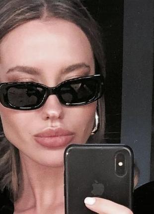 Очки окуляри винтажные стильные в стиле 90-х трендовые черные солнцезащитные новые