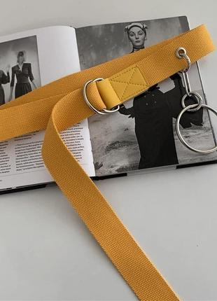 Ремень с кольцом желтый d161
