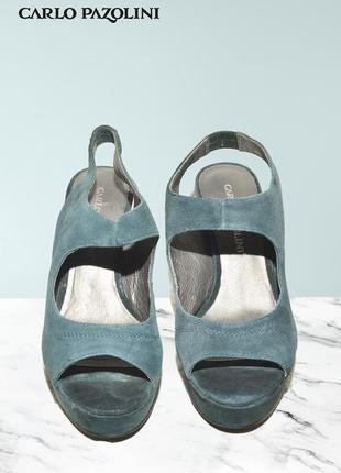 Босоножки на каблуке из натуральной кожи и замши carlo pazolini