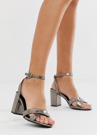 Босоножки на блочном каблуке асос asos oasis