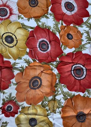 Женский фирменный шелковый платок salvatore  ferragammo.