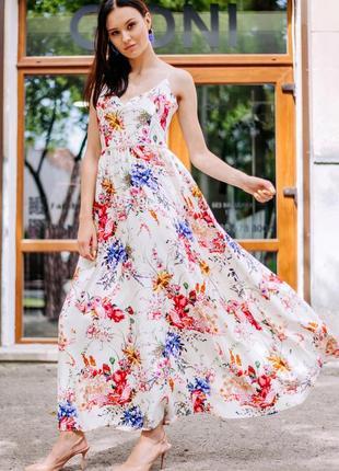 Платье-сарафан с бархатными бретелями, в цветочный принт.