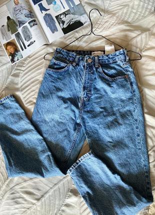 Модные джинсы mom zara