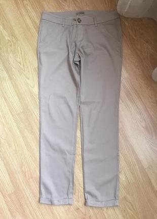 Фирменные классические брюки terranova, размер м