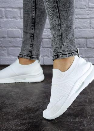 Очень легкие женские белые кроссовки