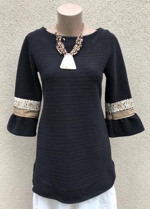 Блузка с воланами,рюшами,туника трикотажная в рубчик с золотой вышивкой на рукавах,