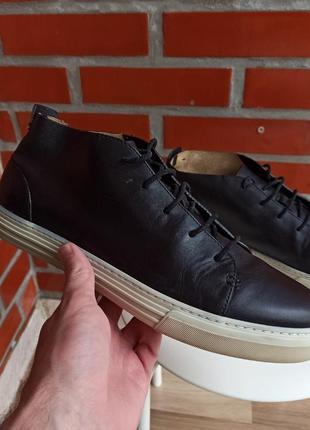 Gucci чёрные кожаные кеды размер 43.5