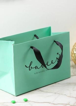 Стильный бумажный пакет цвет тиффани подарок упаковка