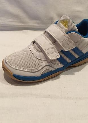 Кроссовки *adidas* оригинал вьетнам р. 30 ( 18.50см)