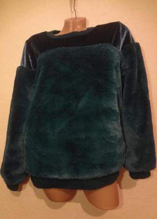 Интересный бархатно-пушистый свитер размер м