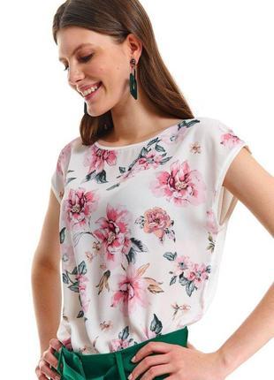 Очень красивая легкая блуза, все размеры